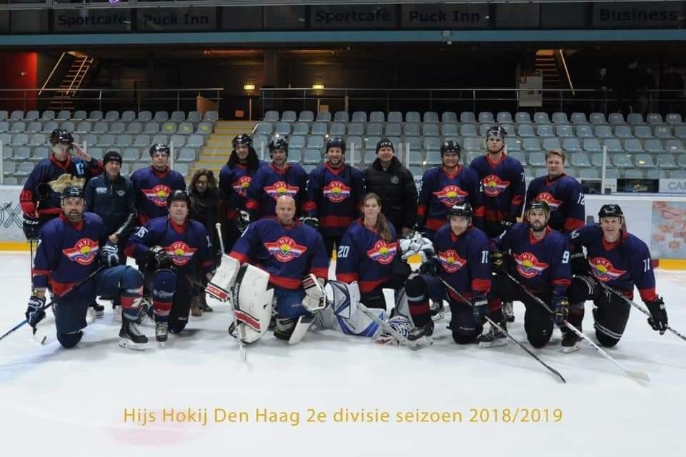 Hijs Hokij Den Haag 2 kampioen